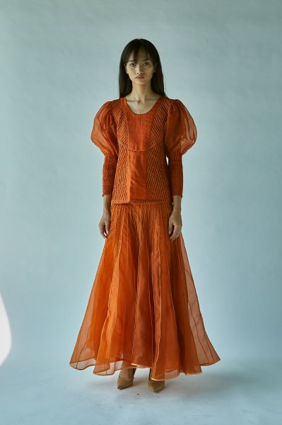 BALLOONED SLEEVE SILK ORGANZA TOP-RUST